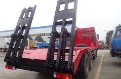 大型拖车底盘防腐工程